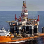Dockwise Blue Marlin Transporting Semi Drilling Rig