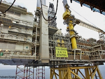 Statoil's Valemon Platform During Topside Installation