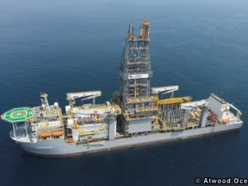 Atwood Oceanics' Achiever Drill Ship, offshore Mauritania, West Africa.