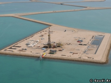 Saudi Aramco's Offshore Oil Manifa Project