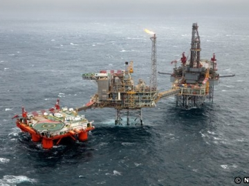 Nexen Offshore North Sea Golden Eagle Platform