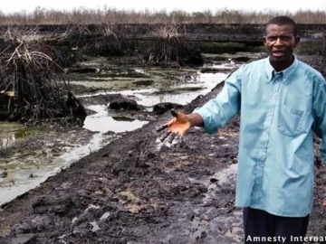 Pastor Christian Lekoya Kpandei, At The Previous Bodo Oil Spill, Nigeria