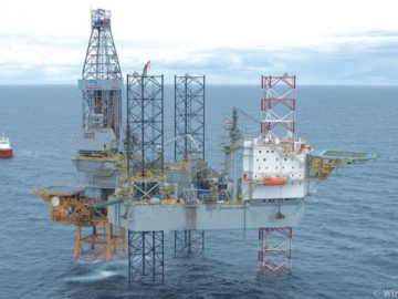 Offshore Jackup Drilling Rig, The Transocean Constellation 2