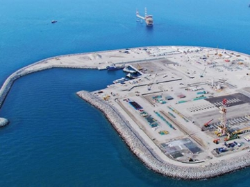 Part Of The Giant Offshore Upper Zakum Oil Developement