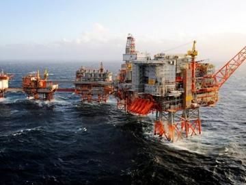 BP Orders Total Evacuation Of Valhall Offshore Oil Field Norway North Sea