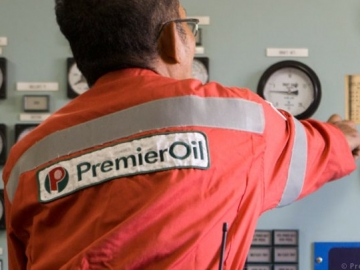 Premier Oil Offshore Oil And Gas Worker - Premier Oil Suspends Shares