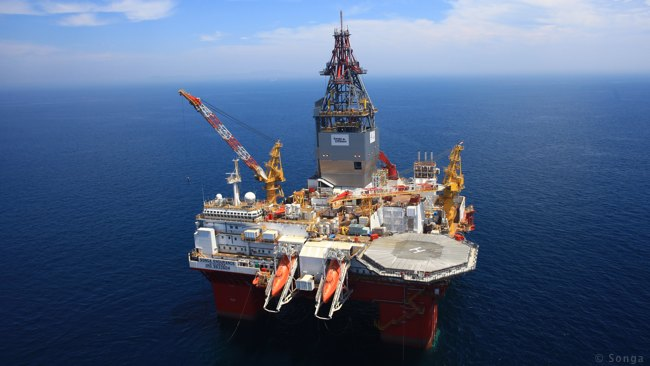 how to go to a deep sea oil rig