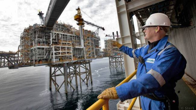 Stork Industrial Services Offshore Oil Gas Worker, North Sea