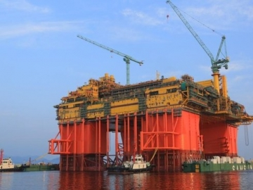 INPEX Ichthys CPF Offhsore Semisubmersible Platform - Clough Win World's Biggest Offshore Hookup