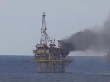 Pemex Zaap E Platform Fire - Fire Onboard Offshore Oil Platform Sparks Full Evacuation