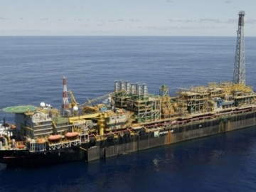 Petrobras P31 FPSO - Gas Leak Shuts Down Offshore Albacora Field
