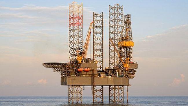 Rowan Joe Douglas Offshore Drilling Rig - Rowan Wins BP Offshore Drilling Work