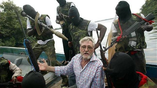 Terrorists Threaten To Sink Oil Tankers