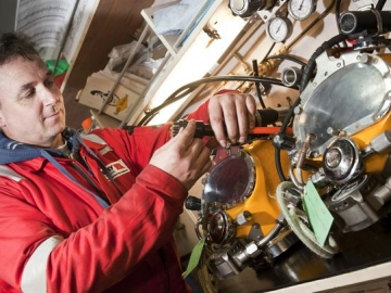 BP Awards North Sea Diving Work To Bibby Offshore