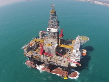 World's Largest Semi-Sub Rig Ready to Drill
