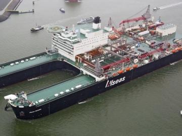 Pioneering Spirit Ready to Remove North Sea Platforms