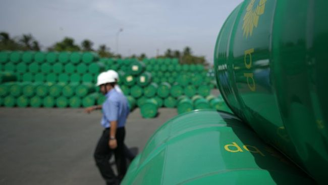 Oil Market Oversupply Slowing Recovery