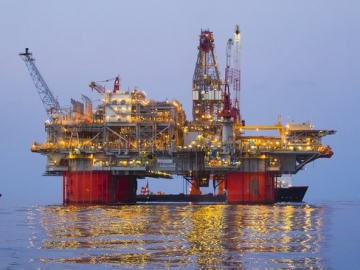 Oil and Gas Production Resumes Offshore after Storm