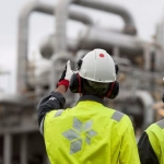 Statoil Posts Losses and Lowers Spending