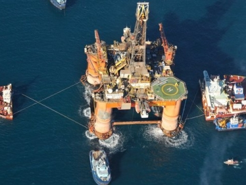 Transocean Grounded Rig Ordeal to Cost at Least £38m